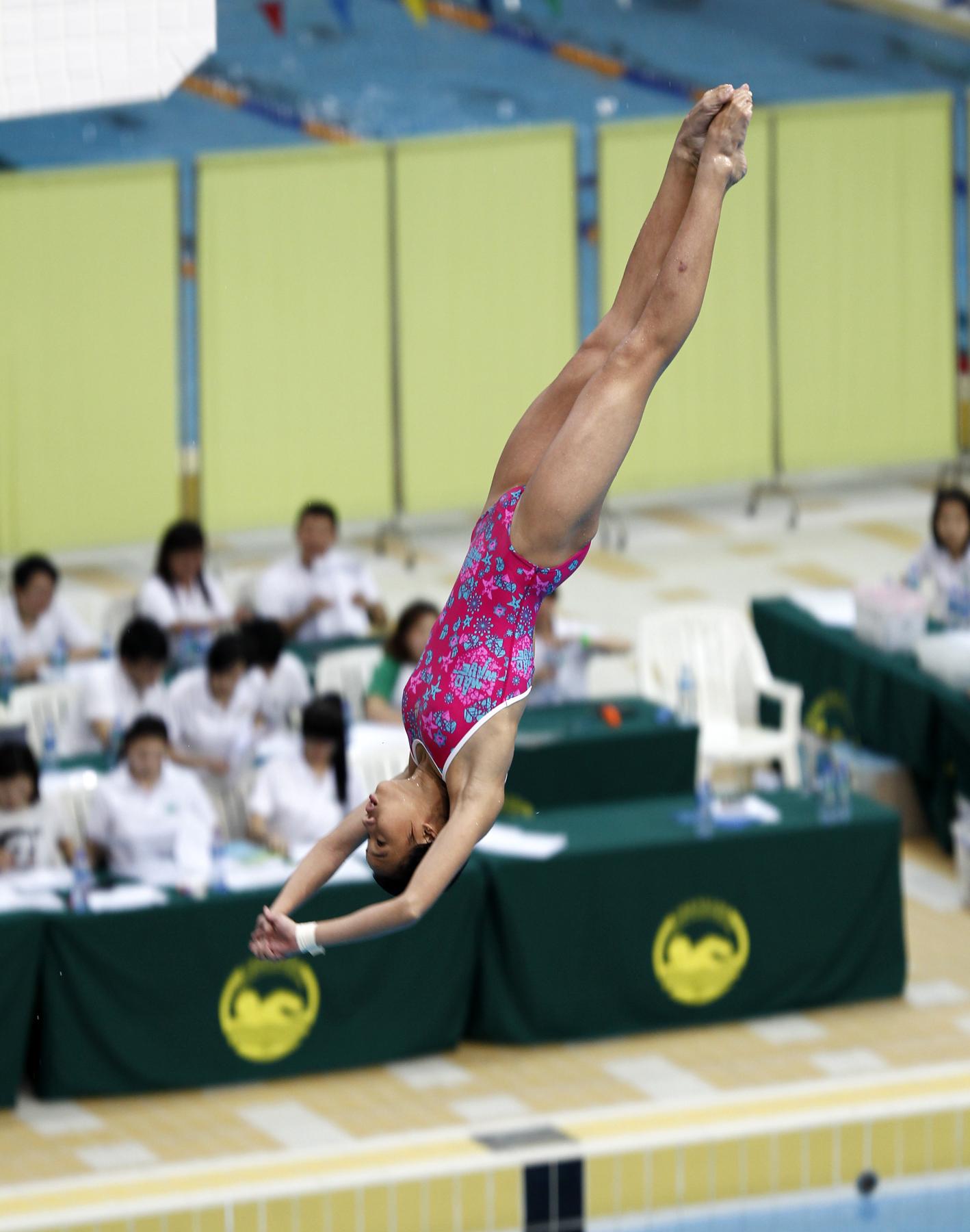 新加坡運動員於女子B組跳台比賽中
