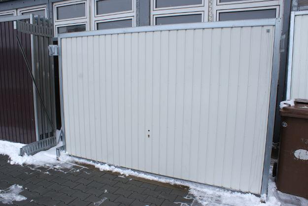Porti de garaj