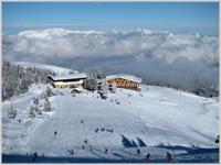 Glorious skiing above Auffach