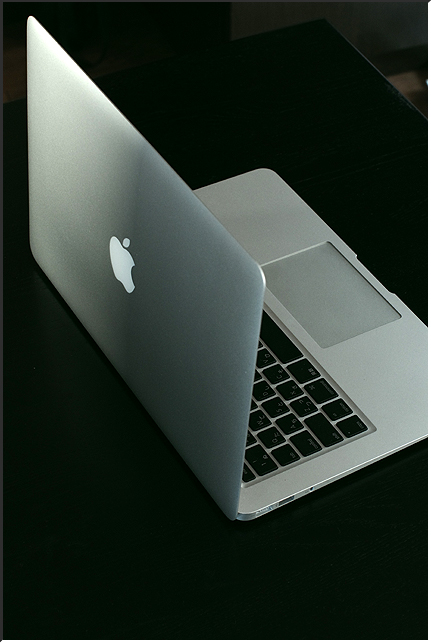 macbookair_01.jpg