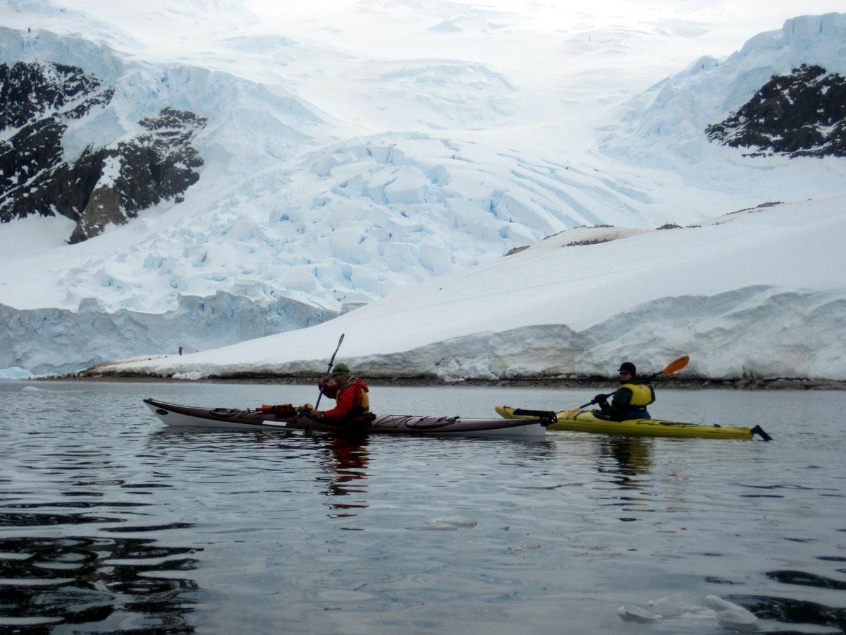 南極探検シーカヤック