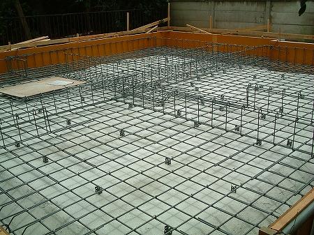 吹き抜け・オール電化床暖房・デザイン注文住宅の工事過程写真7基礎鉄筋