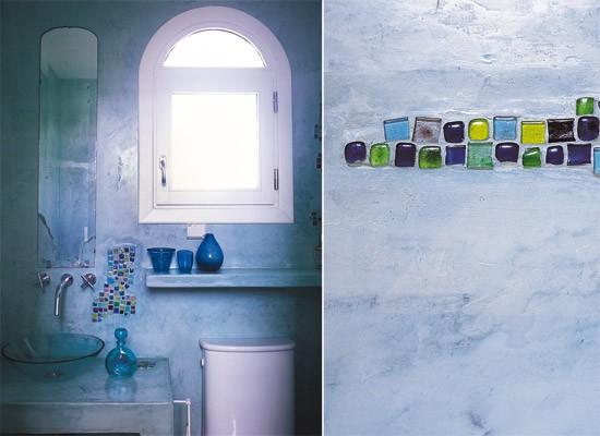 Bacha Para Baño Azul: de colores, mesada con bacha de vidrio y estantes de hechos con