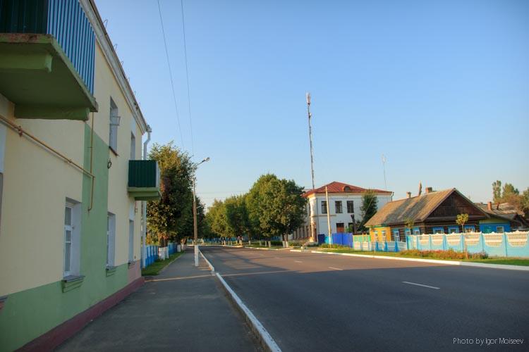 Улица в Чечерске