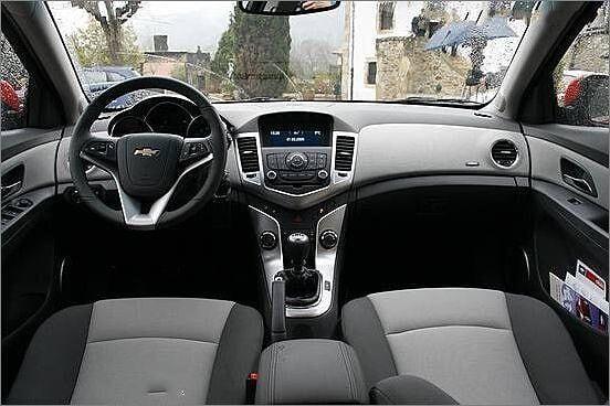 Chevrolet%20Cruze-7.jpg