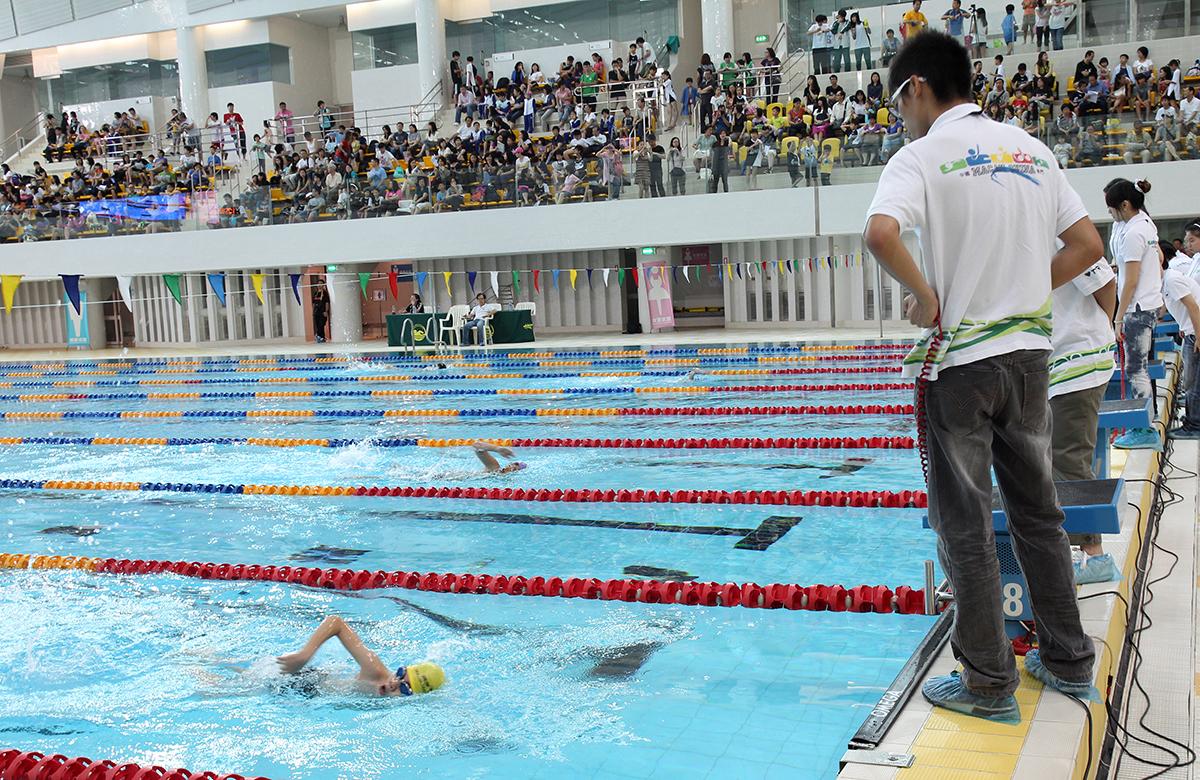 男子100米自由泳決賽