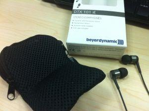 耳机及包装