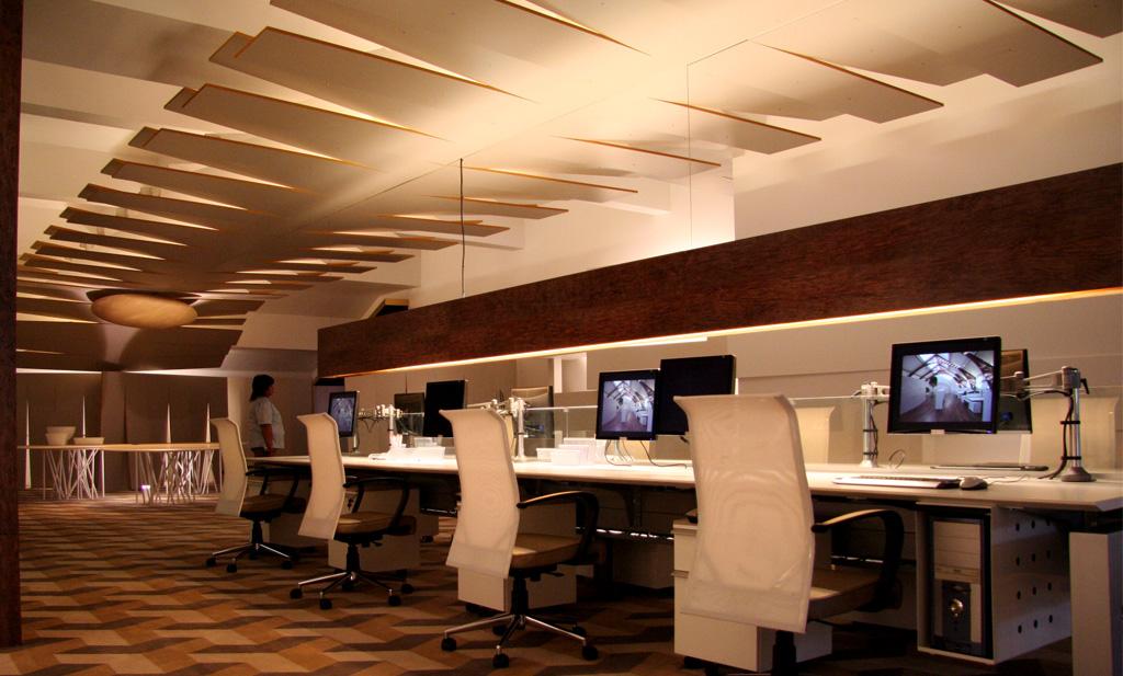 Espacio N° 25 - Módulo de oficina por Alfred Fellinger y María Garzón Maceda