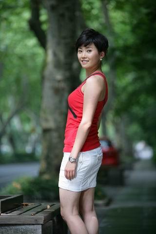 浙江卫视28岁主播猝死 白领生活方式引关注 www.yuelongr.com