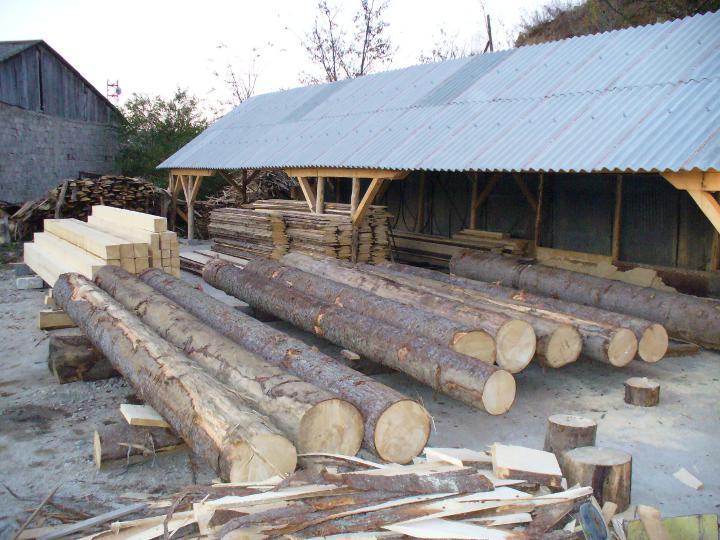 Prelucrarea materialului lemnos