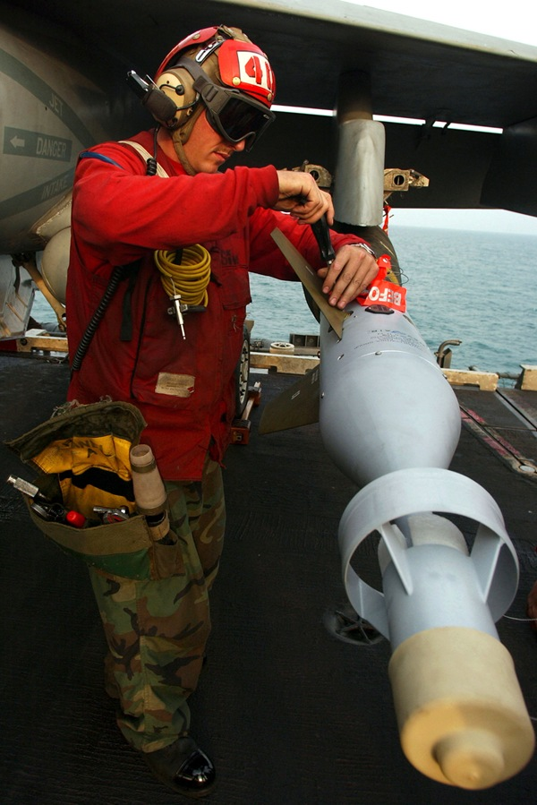 GBU-16 Paveway II 1,000-pound laser guided bomb loaded on an F/A-18C Hornet aboard the aircraft carrier USS Harry S. Truman (CVN 75)
