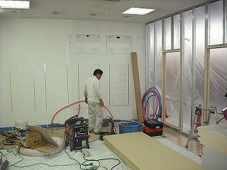 間仕切り壁 軽量組 設備工事 軽量下地 美容院 ローコスト 店舗内装 御殿場市 (有)アールエス