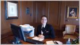 Cunard Grills Suites Concierge