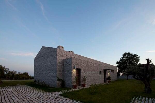 Dos Casas - Arhitektri
