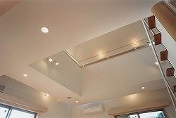 吹き抜け・オール電化床暖房・デザイン注文住宅の写真3ギャラリー回廊